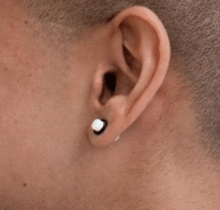 Ear-piercing-for-men-1